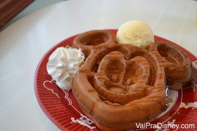 Mickey waffle que comi no café da manhã