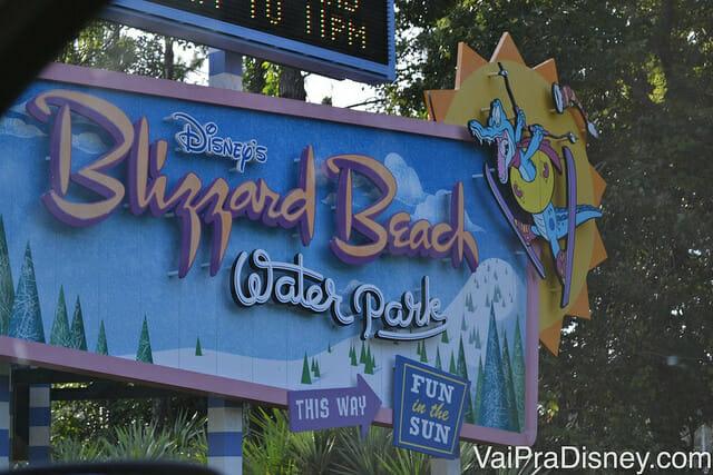 Entrada do Blizzard Beach, meu parque aquático favorito em Orlando