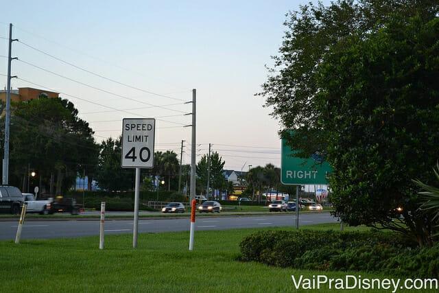 Velocidade de 40 MPH para dirigir em Orlando
