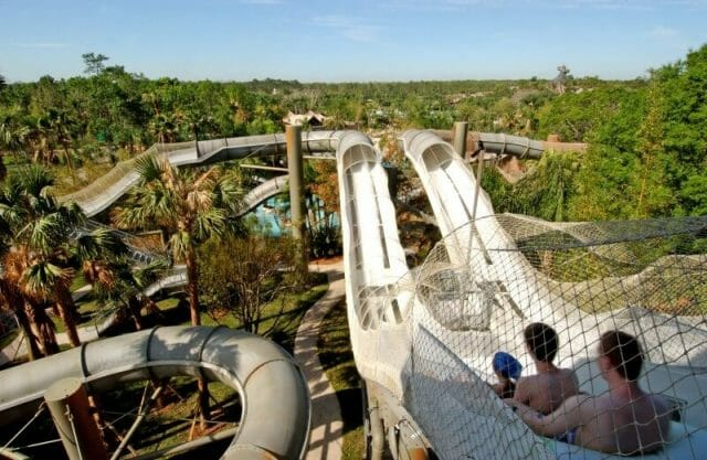 Crush 'n' Gusher, a montanha russa aquática do Typhoon Lagoon