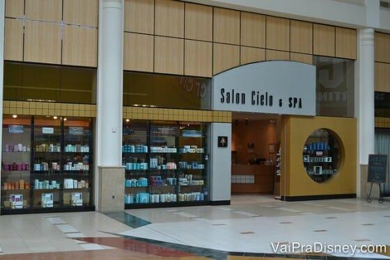 Para quem pergunta onde comprar Kerastase em Orlando, esse é um bom lugar! Fica no Florida Mall.