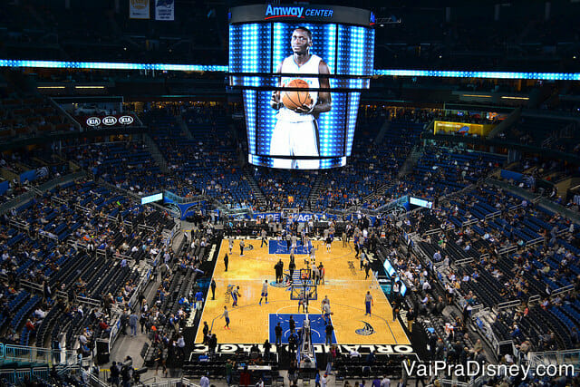 A experiência de assistir um jogo da NBA é um show!