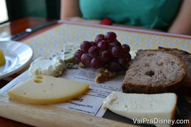 Tábua de queijos do Chefs de France.