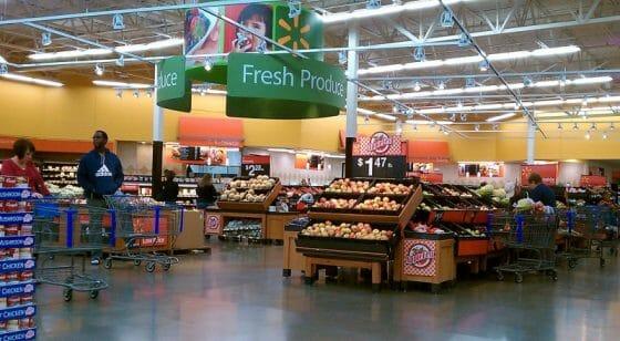 No Walmart é melhor evitar a área de produtos frescos.