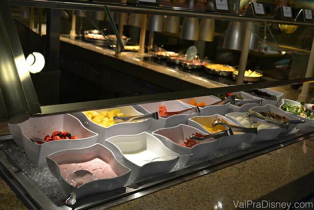 Cape May, um super buffet com preço fixo que também traz personagens bem legais. Ótima opção para café da manhã ou jantar.