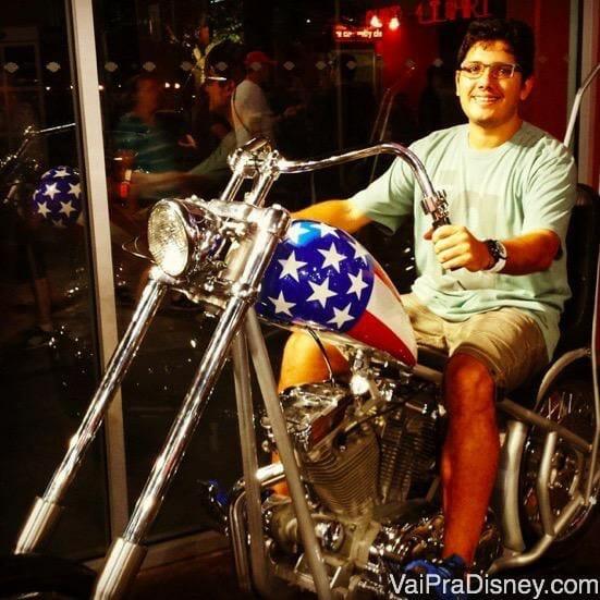 Na loja da Harley Davidson