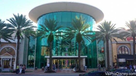 Entrada do Mall at Milenia