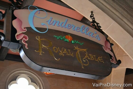 CINDERELLAS_ROYAL_TABLE_DISNEY_4