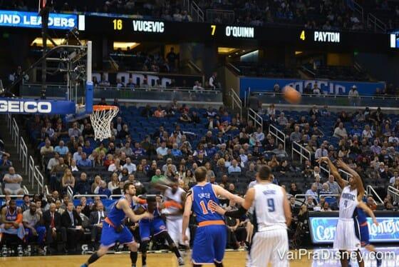Orlando Magic teve suas dificuldades na temporada passada mas nesse jogo ganhou dos NY Knicks! Foi lindo!