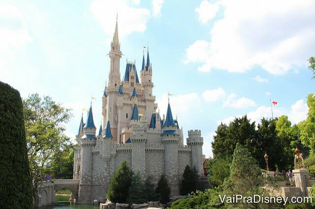 Esse castelo pode ser o motivo da sua viagem, mas nem por isso ele precisa ser tudo o que você vai ver por lá!
