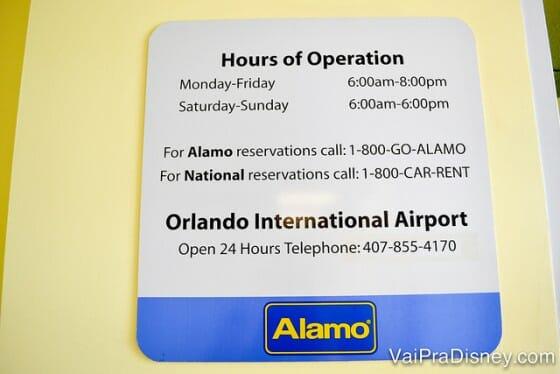 Horários de funcionamento da Alamo e National que ficam na Disney.