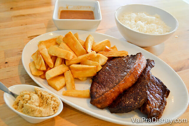 Comida bem brasileira no Ana's Kitchen.