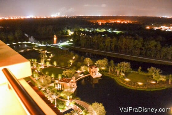 Vista da sacada do Capa, na cobertura do Four Seasons Orlando.