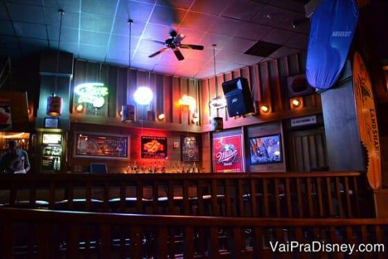 Área do bar no Jellyrolls