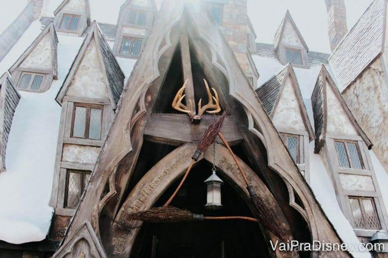 O bar 3 Vassouras é um dos pontos mais marcantes de Hogsmeade na história.