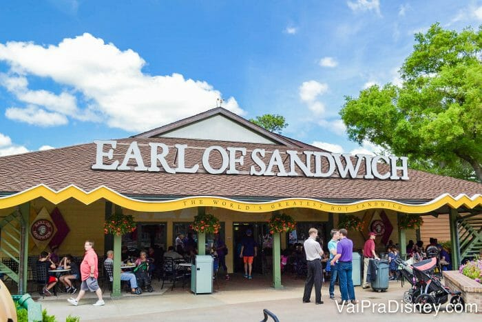 Adoro o Earl of Sandwich. Um restaurante super gostoso e barato!