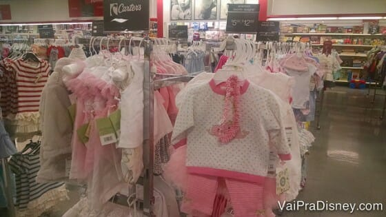 Carter's, famosa marca de roupa infantil, também está na T.J.Maxx.