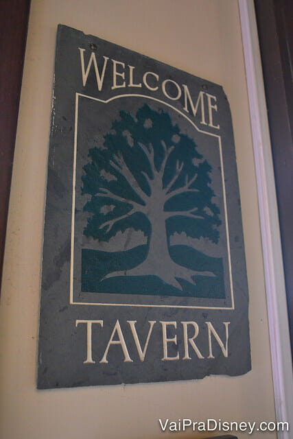 LIBERTY-TREE-TAVERN-RESTAURANTE-MAGIC-KINGDOM-12