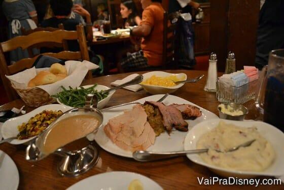 Um pouquinho das opções do Liberty Tree Tavern no jantar.