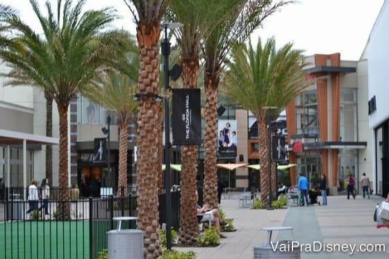 O Florida Mall é gigante e cheio de lojas ótimas!
