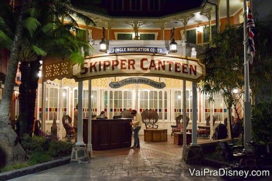 Skipper Canteen, o novo restaurante do Magic Kingdom