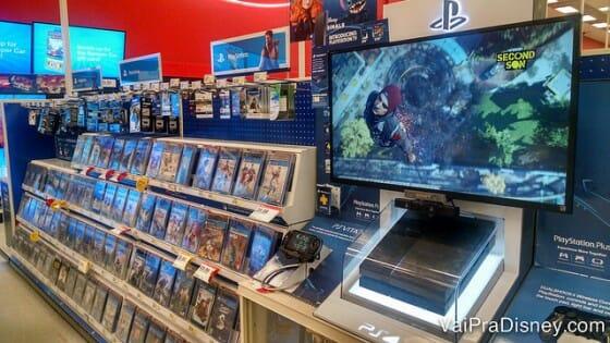 Alguns jogos de videogame demoram muito tempo para serem vendidos no Brasil. A compra nos EUA é uma ótima saída