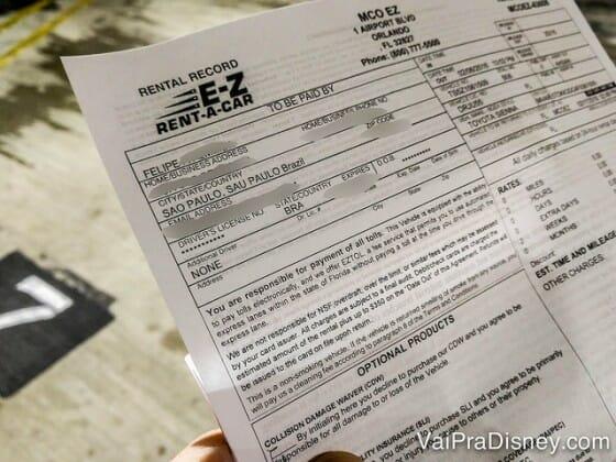 Contrato da E-Z Rent-A-Car recebido logo após a apresentação do voucher