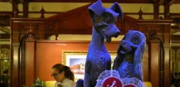 O Tony's é um restaurante italiano que traz como tema o filme Dama e Vagabundo.
