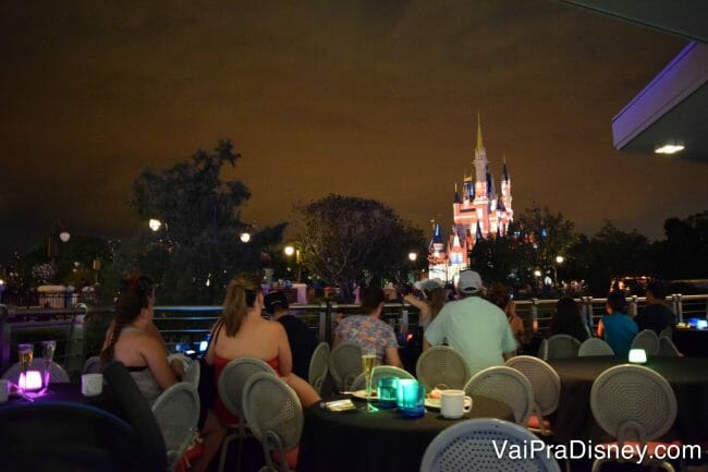 WISHES-FIREWORKS-DESSERT-PARTY-DISNEY-15