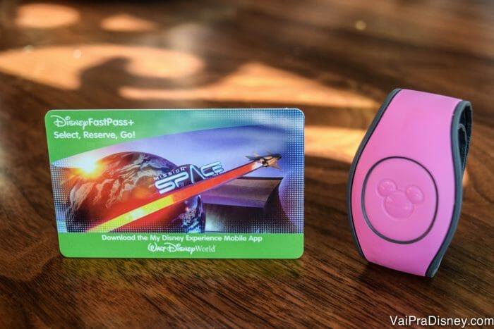 O ingresso pode ser usando em formato de cartão ou com a MagicBand.