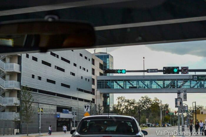 Ponte que liga o Geico Garage e o Amway Center