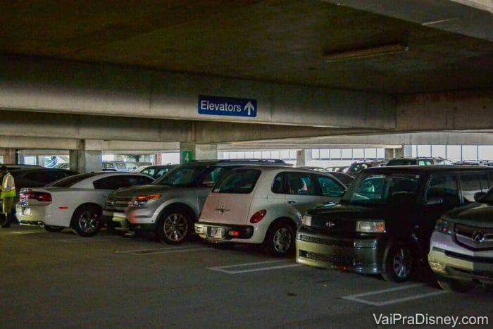 Geico Garage no estádio do Orlando Magic