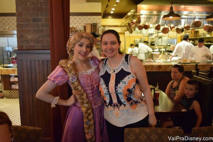 Também tem personagem no Boardwalk! O café da manhã do Trattoria al Forno traz os personagens de Enrolados e Pequena Sereia.