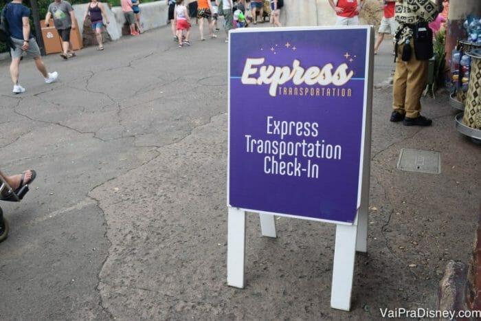 Ponto do Express Transportation no Animal Kingdom.