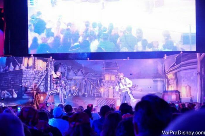Jack Sparrow faz uma participação super especial no show pré fogos!