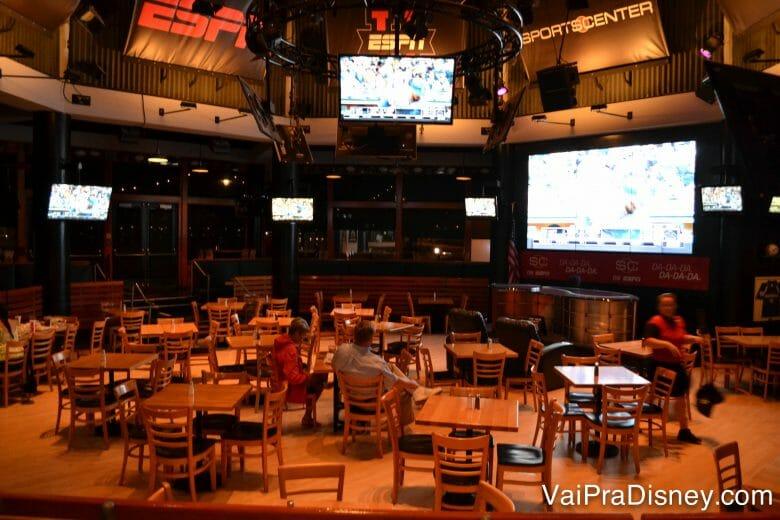 espaço bem amplo no ESPN Club.