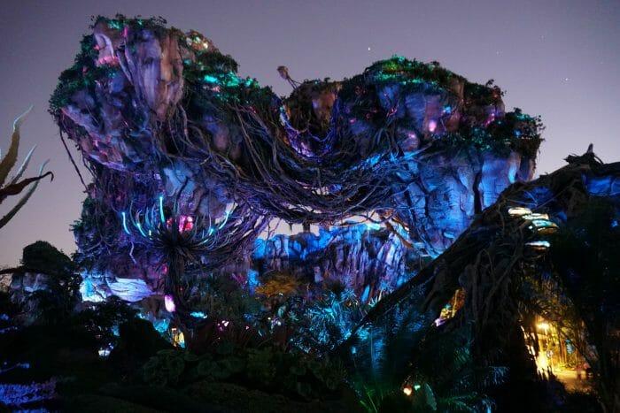Pandora fica ainda mais linda à noite!