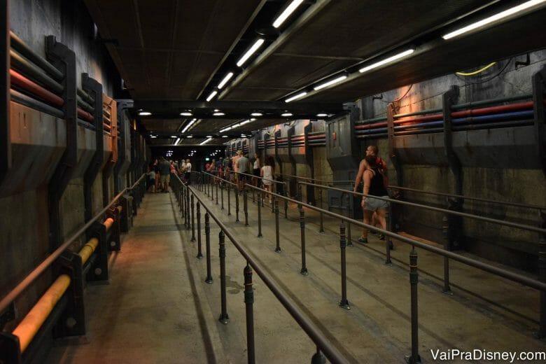 Ostentação hoje em dia é ir nas atrações de Avatar sem fila, né? O resto é resto! :P