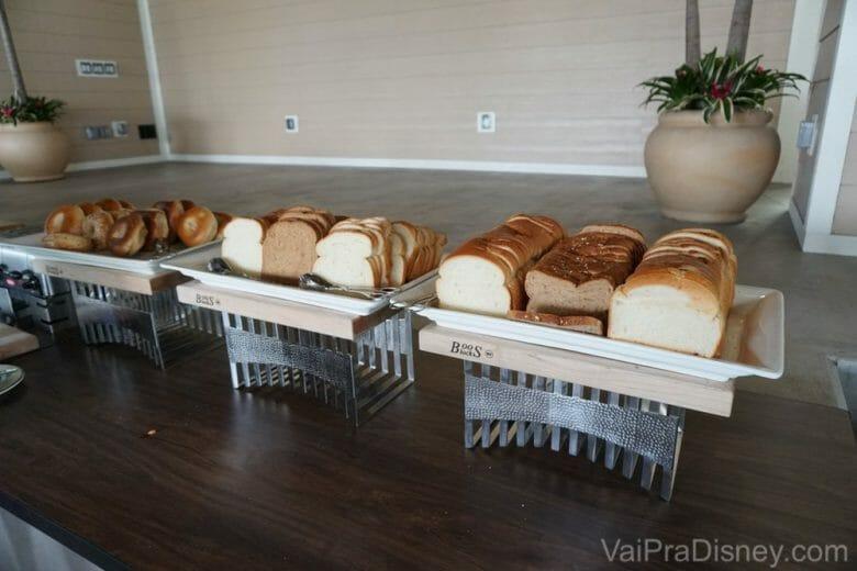 Quando eu acabo comendo uma torrada no buffet (uma torrada que eu encontro em qualquer supermercado), é porque as opções estavam meio bleh!