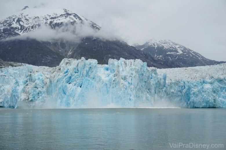 Ver essa geleira no Alaska pode ter sido uma experiência única na vida, mas com certeza eu vou me lembrar dela pra sempre! Foi DEMAIS!