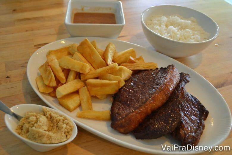 Pedir socorro para os restaurantes brasileiros também é uma opção super válida!