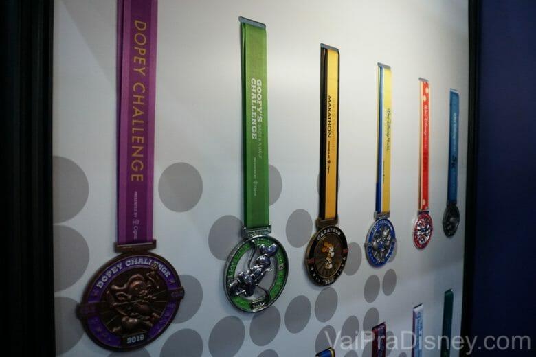 Motivação para começar a correr na Disney: as medalhas são lindas!!