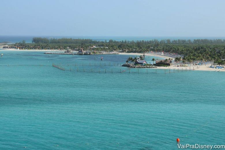 A ilha da Disney em Bahamas! Se ela não te faz querer ir num cruzeiro, eu não sei o que fará!