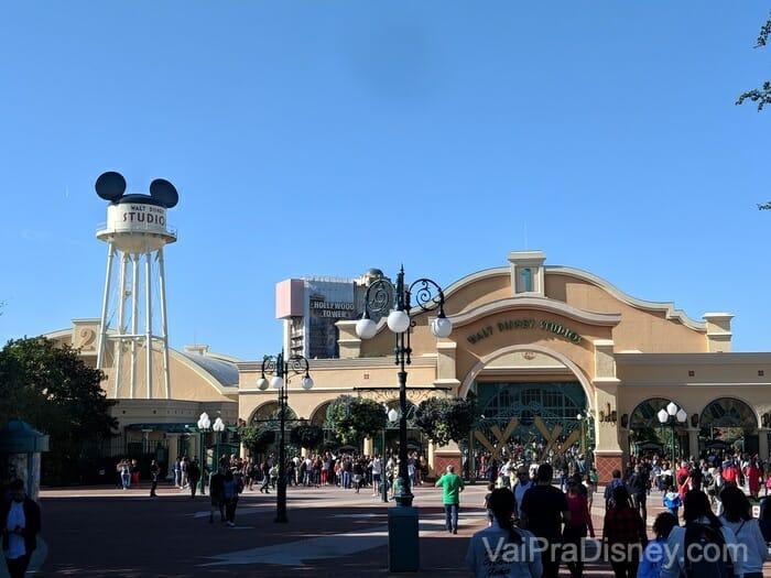 O Walt Disney Studios Park é o segundo e mais recente do complexo, inaugurado em 2002