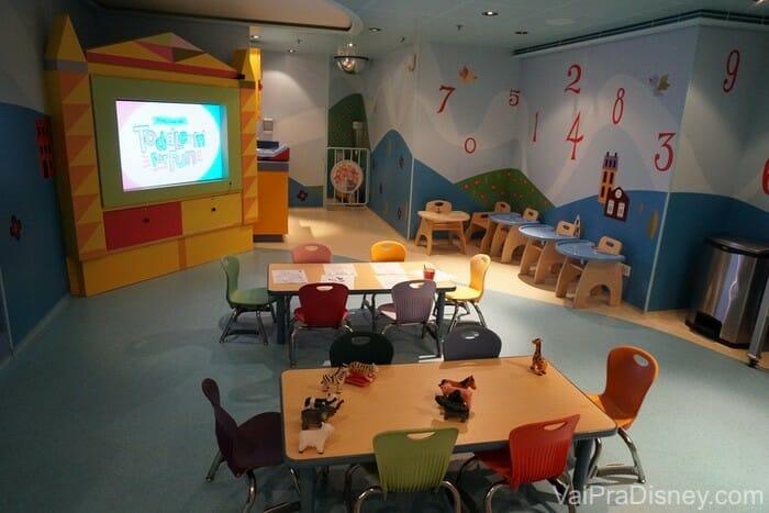 Um pouco do It's a Small World Nursery em um dos navios.