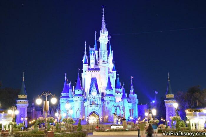 O castelo da Cinderela no Magic Kingdom