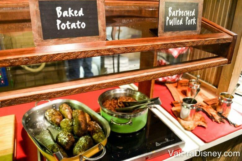 Tem até baked potato a vontade no buffet! Eu não supero isso!