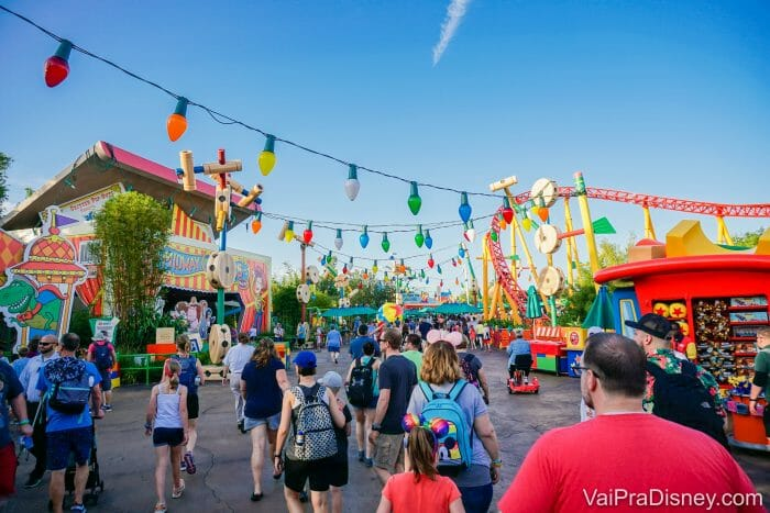 A Toy Story Land, do Hollywood Studios, toda colorida!