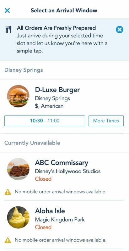Foto da tela no app da Disney mostrando a seleção de horário para fazer o pedido no Mobile Order